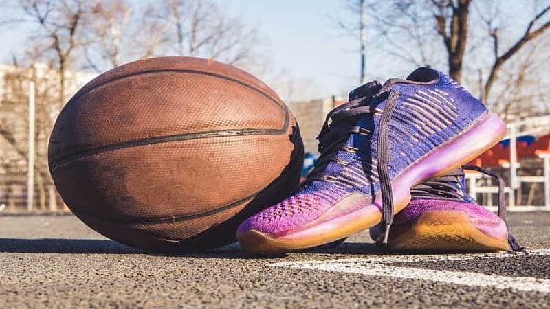 6 Best Basketball Shoes(JORDAN) In India 2020 (ADIDAS INDIA)(NIKE,NIVIA)-Compared